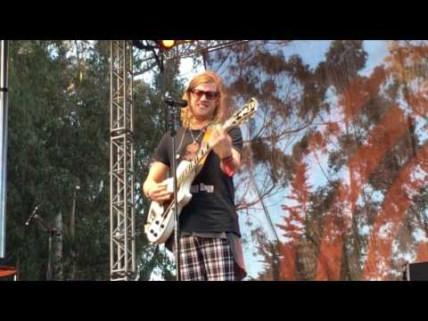 Allen Stone - The Wire (Live at Hardly...