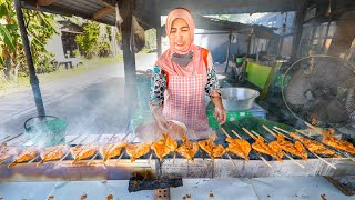 Street Food COCONUT MILK BBQ CHICKEN!!  5 Best Malay Foods!! | Pattani, Thailand!
