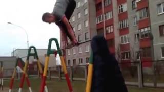 STREET WORKOUT 2013Трюки на турнике   YouTube Thumbnail