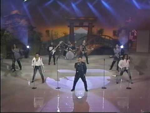 La Sombra De Tony Guerrero - Que Lejos Se Quedo Live Ilusiones from YouTube · Duration:  3 minutes 9 seconds