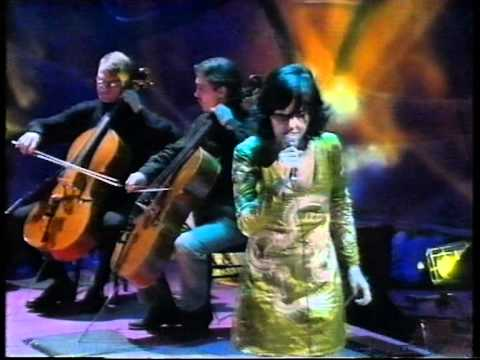 Björk - Jóga live Jools Holland 1997.