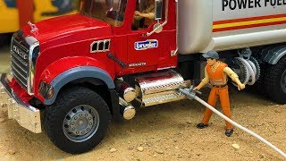 Great Truck out of Fuel! Bruder toys Construction Site Action!