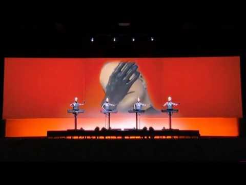 Kraftwerk - We Are The Robots (live) [HD]