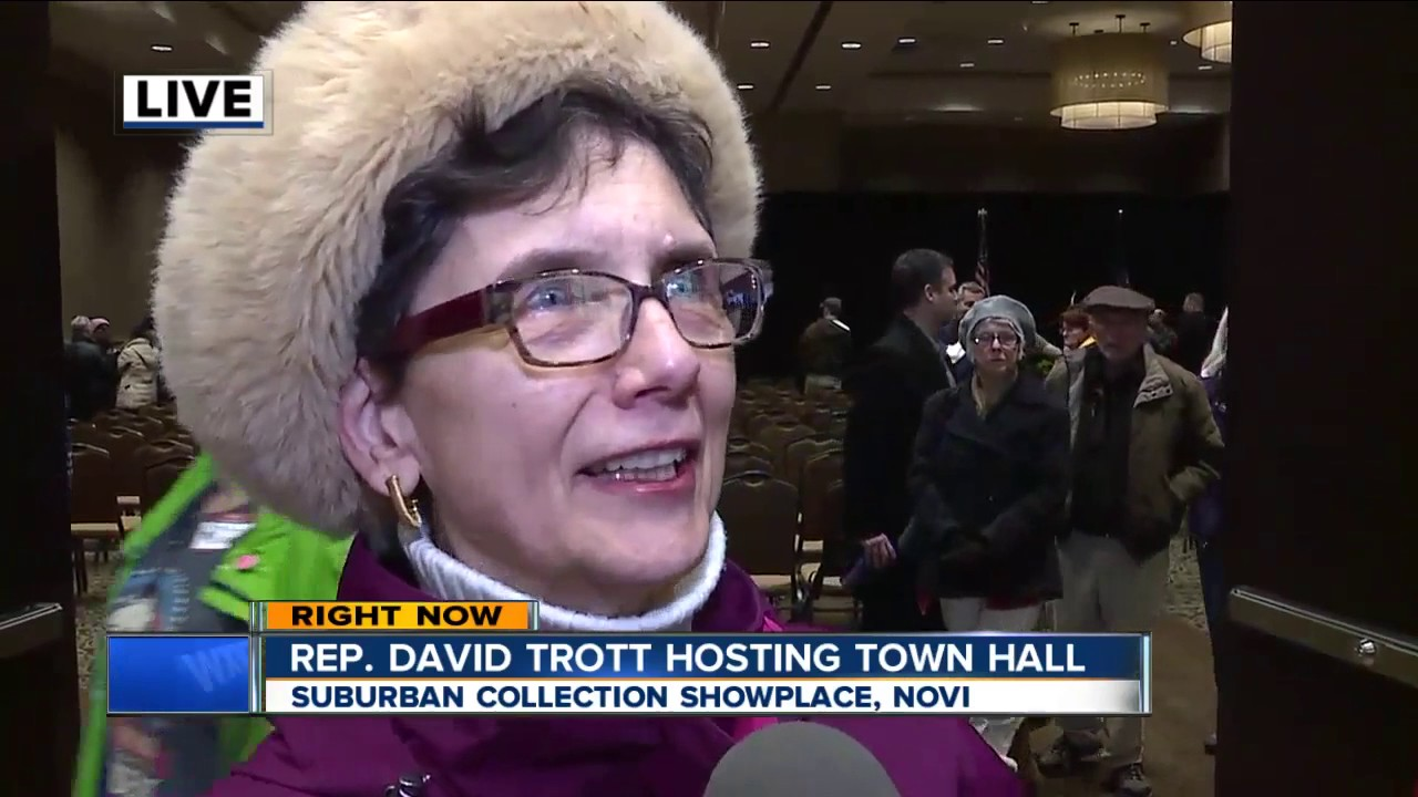 Rep. Dave Trott holds public town hall in Novi - YouTube