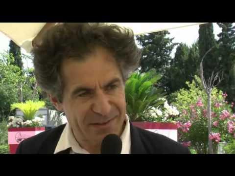 Rencontres économiques d'Aix-en-Provence : interview d'Etienne Klein