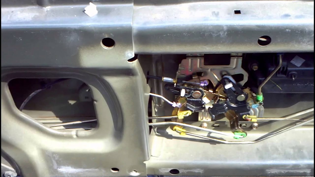 2006 honda ridgeline tailgate latch adjustment [ 1280 x 720 Pixel ]