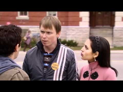 Download Dan For Mayor S01E07 - The Symbol of Futility (Part 1 of 2)