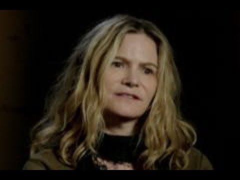Jennifer Jason Leigh: ANNIHILATION