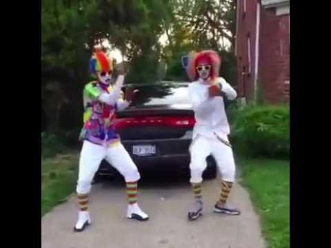 Juju on the beat dancing