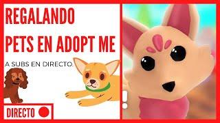 Regalando Pets en Adopt Me | DIRECTO | GRATIS |
