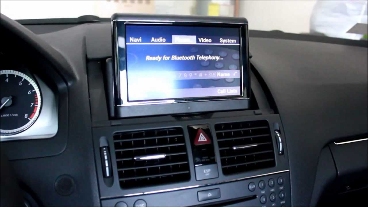 Mercedes benz c300 4matic w navigation youtube for Mercedes benz c300 sound system