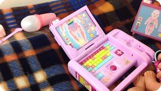 Скачать Пример игры Беби Бон с набором доктора Baby Born Doctor Laptop Demo Play