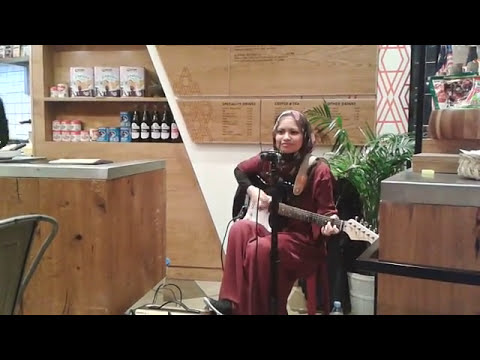 Live Performance at Cafe Rasa Malaysia, London
