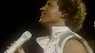 Andy Gibb - I Just Want To Be Your Everything (1984 Live In Chile - Part I - 16)