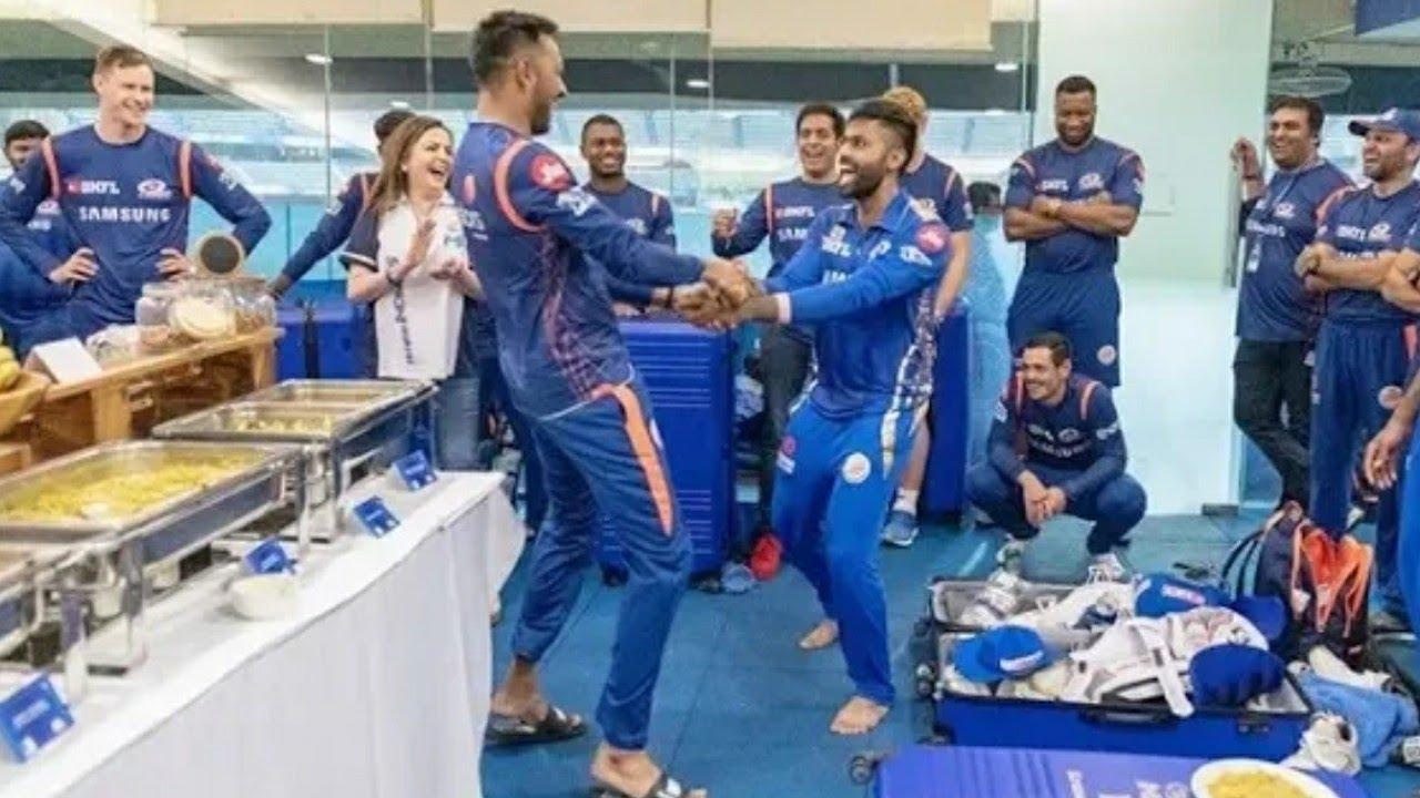 Watch Full Match Celebration After Winning Match Rohit Sharma 4th Time Win IPL