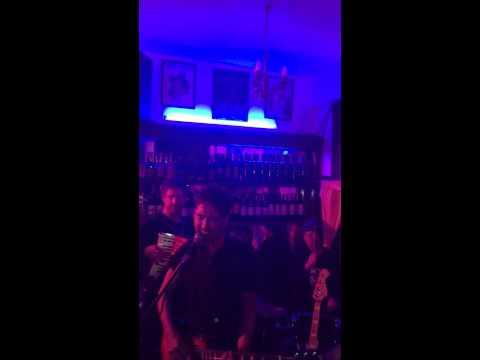 El bar de la calle Rodney 2015 - La Portuaria