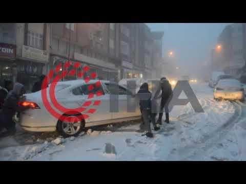Sürücülerin karla imtihanı