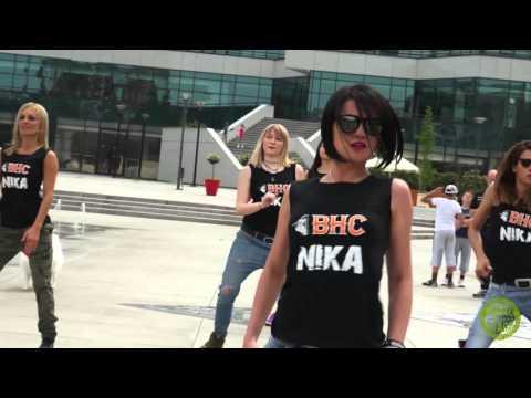 Zumba ® Fitness -NikaZ ChikaZ Major Lazer