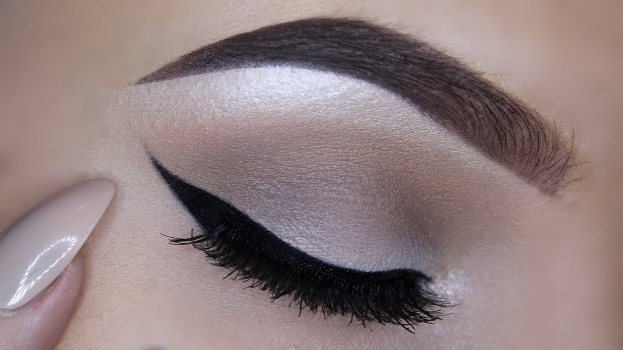 Warm Taupe Eyeshadow Look Eyeliner Tips Youtube