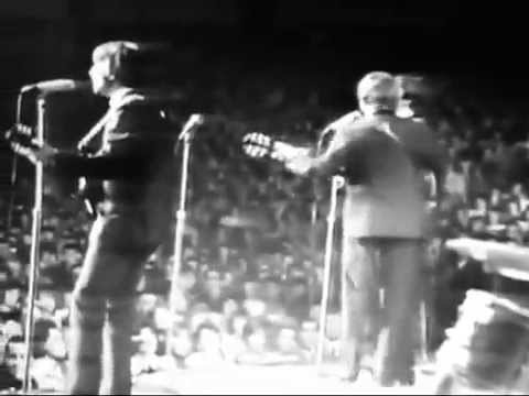The Beatles- She Loves You (Live In...