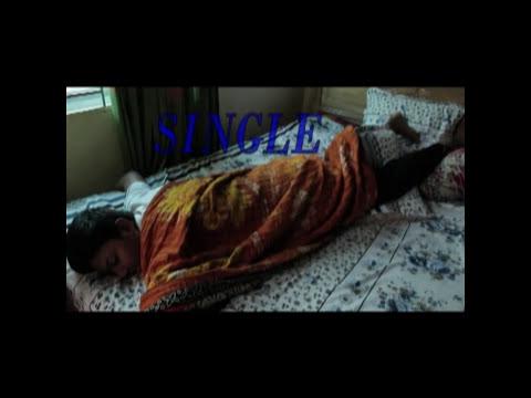 Hot bhabhi and DevarKaynak: YouTube · Süre: 1 dakika38 saniye