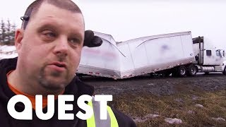 What On Earth Happened To This Truck?! | Heavy Rescue