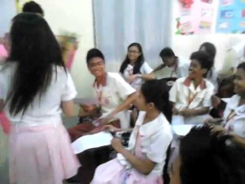 Amazing Cute Girl Proposes To A Boy Youtube