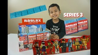 Roblox Toys, Series 3 Blue, Blind Boxes & FREE Codes, Unboxing & Toy Review