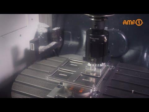 Produção automatizada com a tecnologia AMF com sistema Gripper e tecnologia de fixação com ponto zero incluída