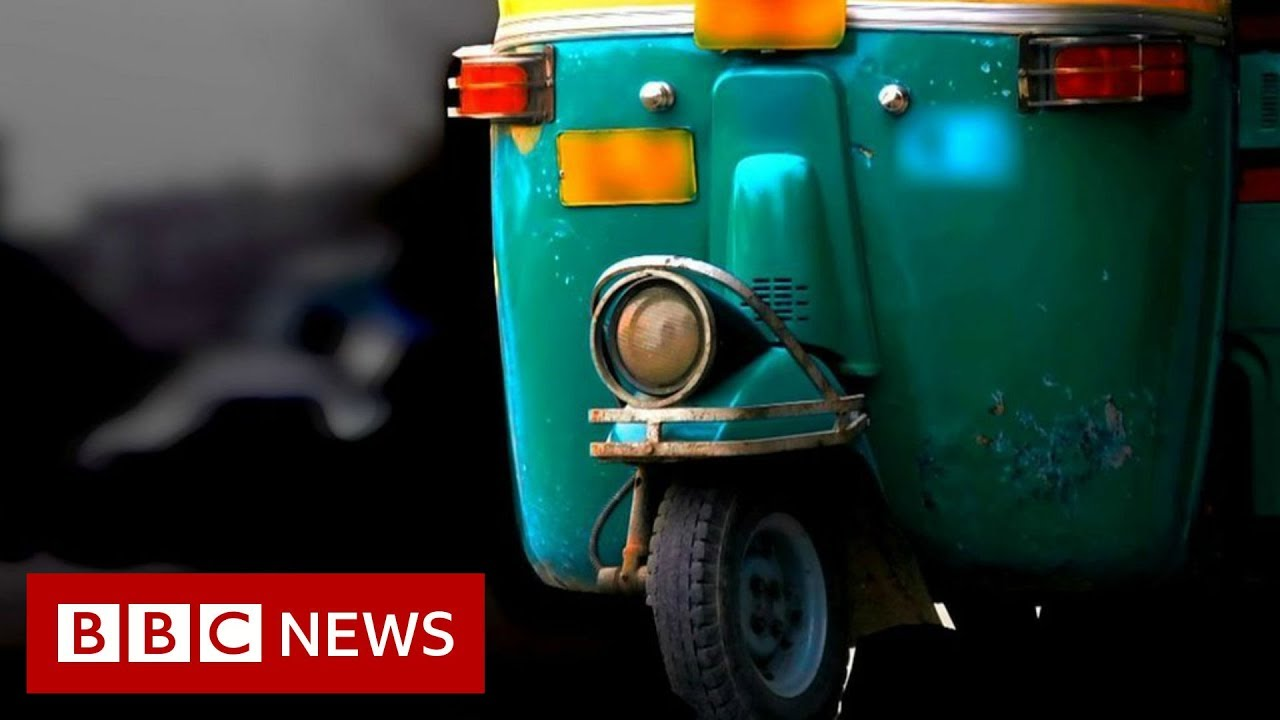 How tuk-tuks are saving lives in the Iraq protests - BBC News