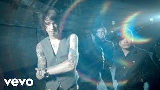 Metro Station - Shake It (MTV Video)