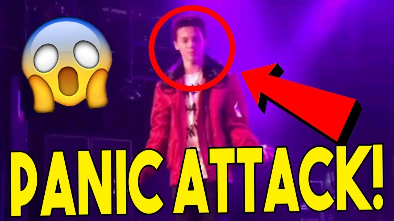 Hayden Summerall Has PANIC ATTACK Live on Stage