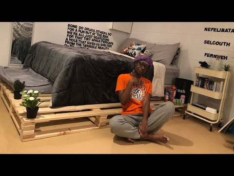 I MADE MY OWN PALLET BED