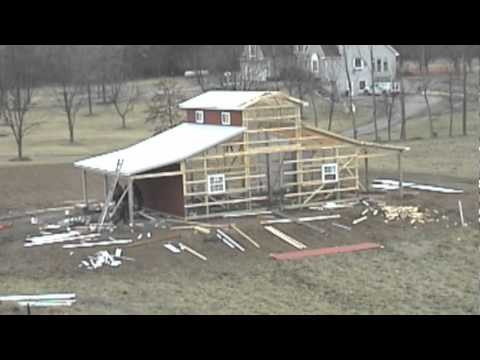 Qsi monitor barn construction youtube for Monitor style pole barn