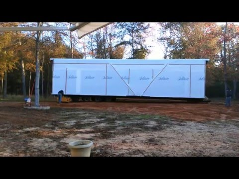 Solitaire Homes of Tyler, Texas, Delivery of our new home in the woods in Jefferson Texas Part 3