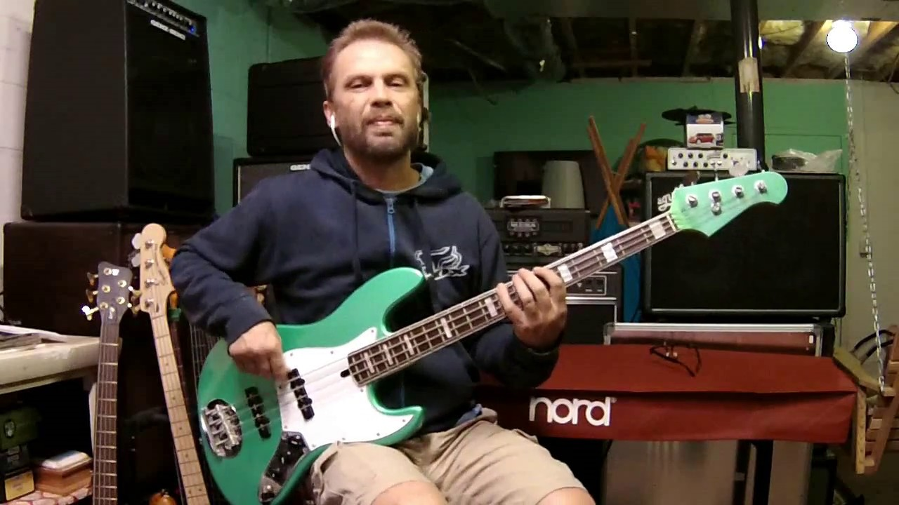 Lovely Day - Bill Withers (Jerry Knight) bass cover - YouTube