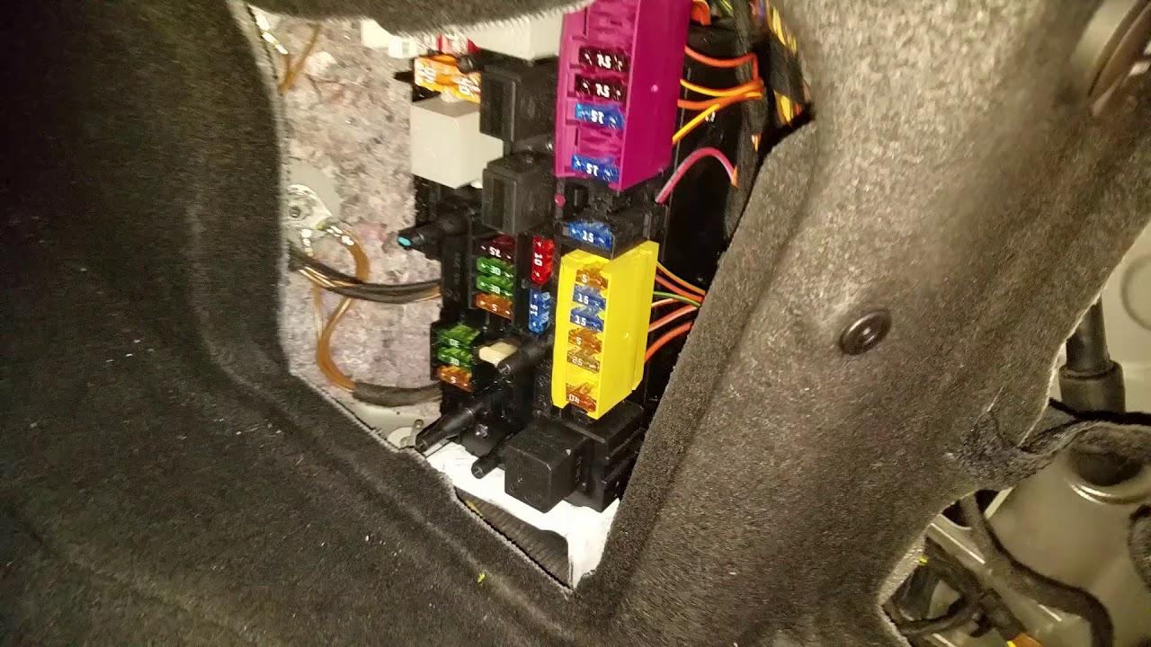 E350 W212 How To Fix Fuel Pump Fuse Short
