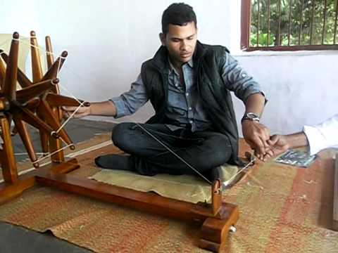 How Do Charkha Works