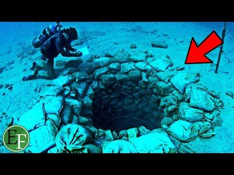 حفرة سرية تحت البحر كشف مدخل قديم لمدينة الـعراة الرومانية ، لن تصدق ماوجد فيها