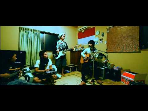 ST 12 - Saat Kau Jauh (SKJ) (SuperHQ Audio/Video) cover
