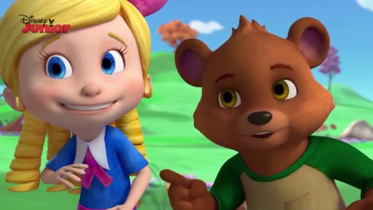 It is an image of Unusual Pictures of Goldie and Bear