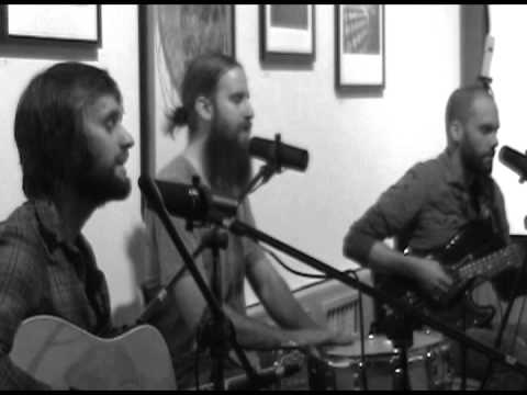 """KDIC 88.5 FM - EXCLUSIVE Acoustic Session - Fort Frances - """"How To Turn Back Again"""""""