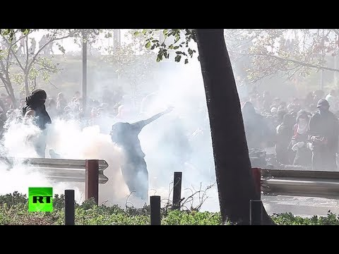 Chile violence video: Teargas, water cannons used against students