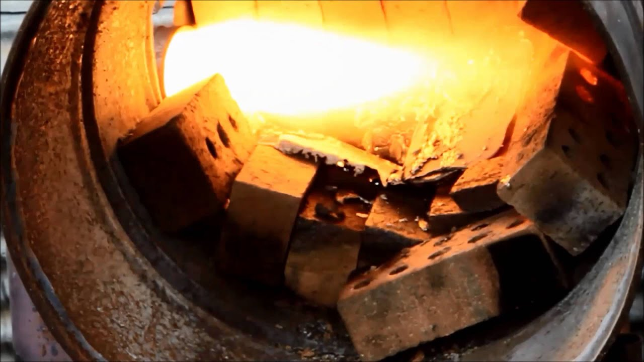 Scrapping furnace diy foundary melts aluminium engine for How to get motor oil out of wood
