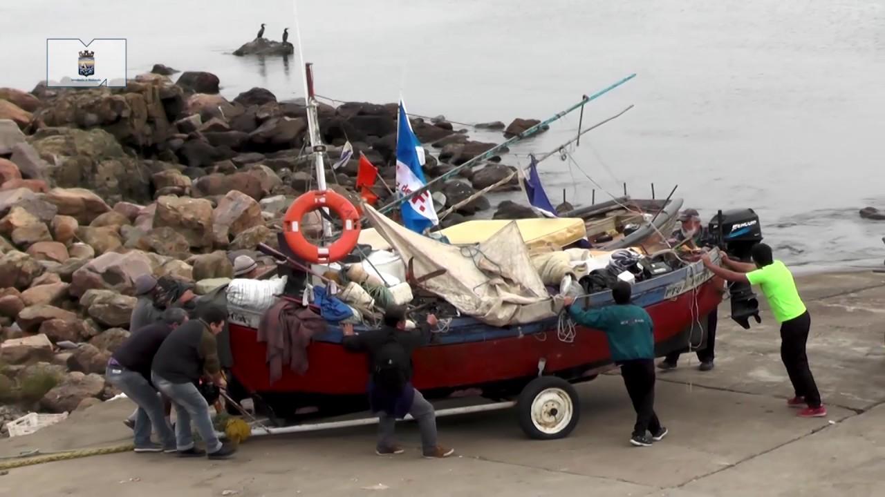 Reubicaci n de pescadores piri polis youtube for Intendencia maldonado