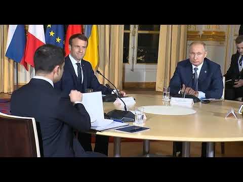 Путин подсказал Зеленскому, куда смотреть на встрече лидеров