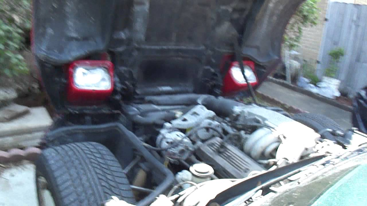 maxresdefault chevrolet corvette 1986, location of the radiator electric fan 1992 Corvette Fuse Box Location at n-0.co