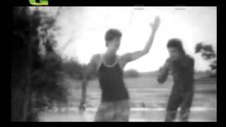 Bondhu Tor Borat Niya Ami Jabo . (Film.Bondhu).avi
