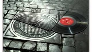 Barthezz & Jazzi Jay & ALX feat. Muzzy G  - Letz Go On The Move