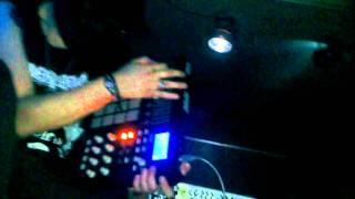 Speedy J - Pullover (Cyberpunkers Live Remix) @ QOQOA 18-02-2012